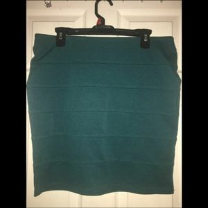 Forever 21+ Short Green Skirt